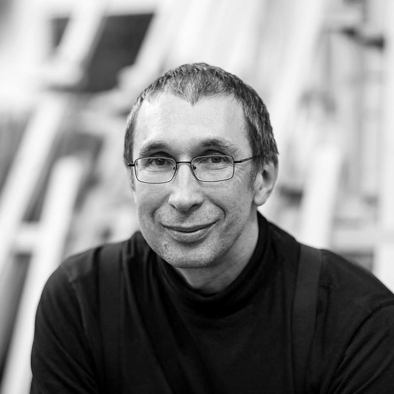 andrei krioukov artist at premium modern art in his atelier