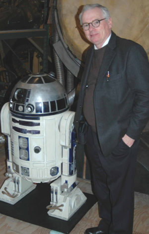 robert bailey with r2d2 at star wars film set