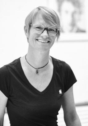 Ela Kimmig Portrait Queens Kunstgalerie Köln Premium Modern Art